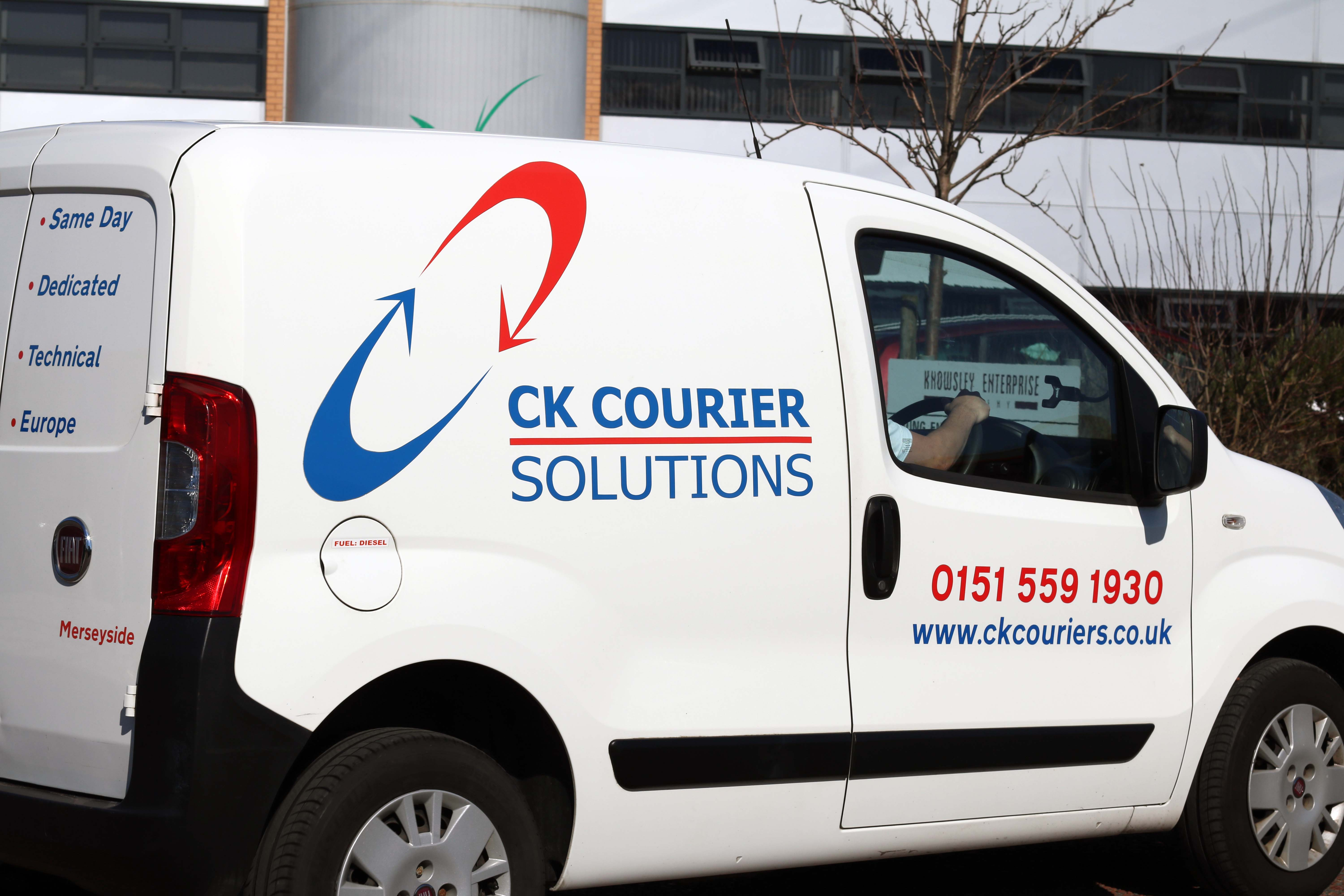 Commercial Photography   127 Media   CK Courier Solutions Merseyside